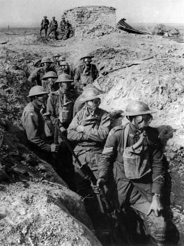 640px-Australian_infantry_small_box_respirators_Ypres_1917